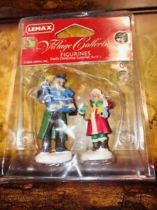 New Lemax Christmas Village Collection Dad's Christmas Surprise 42880 Retired