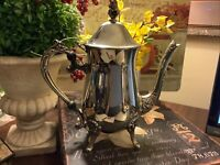 Silverplate Coffee/Tea Pot~Beautiful/Detailed~Excellent Cond~FREE SHIP~Beautiful