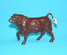 BRITAINS LEAD FARM No. 573 BULL WALKING 1930s ENGLAND