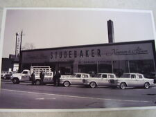 1962 STUDEBAKER  NEW CARS IN FRONT OF DEALERSHIP    11 X 17  PHOTO  PICTURE