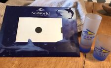 SEAWORLD GLASS 4x6 PICTURE FRAME With 2 Classic Logo Shot Glasses