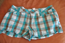 NEW JUNIORS SIZE 5 TEAL/GRAY PLAID SHORTS