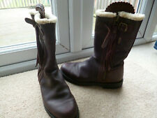 PENELOPE CHILVERS BROWN TASSEL BOOTS, 40, 6.5, SHEARLING LINED.