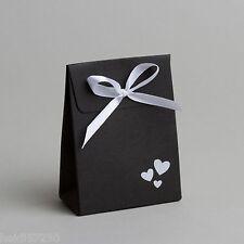 Lot de 10 boites à dragées pochon+ruban noir et coeurs blanc mariage communion