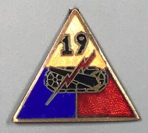 WWII US Army 19th Armor Division DUI DI Unit Crest PB NHM
