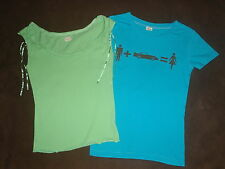 2 Womens Holister Hollister Green Ribbon Aqua Turquoise Graphic T-Shirt Top S M