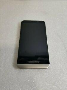 BlackBerry Z30 STA100-5 Unlocked 16GB 8MP