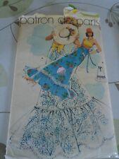 """ANCIEN PATRON """"LE PATRON DE PARIS  JUPE POP ART  """" ANNEE 70  TAILLE 36 AU 40"""