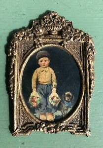 Vintage Dutch Boy Wall Hanging - Flowers & Puppy - Gilded Faux Wood Plaque