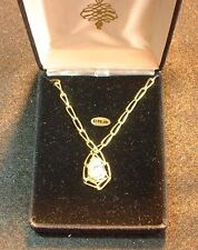 10 ct CZ Pear Shaped Pendant set in Yellow Gold with Chain MIB