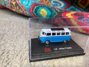 Malibu International 1/87 VW Bus T1 Samba (Blue)