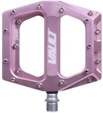 "DMR Vault Pedals 9/16"" Alloy Platform Pink Punch"