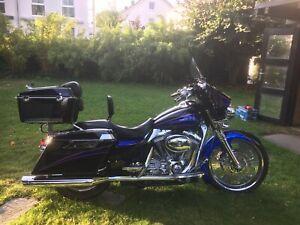 Harley Davidson FLHTCSE Screamin' Eagle Electra Glide