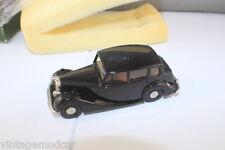 """Lansdowne Models  LDM x1 1954 Triumph Renown """"Dealer Special Model""""  1:43 Boxed!"""