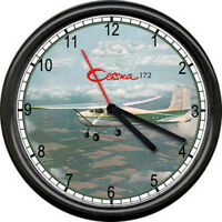 Cessna 172 Green Aircraft Pilot Airplane Personal Aircraft Sign Wall Clock