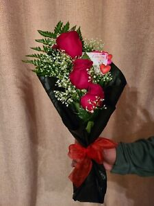 3 Fresh Cut Red Roses Small Love Bouquet Cut  Flowers