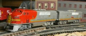 """Lionel 2353 Santa Fe F3 Dual Motor """"A"""" + 2353 Dummy  """"B"""" With Louvers"""