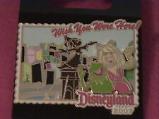 DLR Wish You Were Here 2007 Sorcerer Mickey Fountain Kermit & Miss Piggy Pin L/E