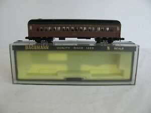 Bachmann N Scale Lighted 4311 Pennsylvania Heavyweight 65' Passenger Coach #5611