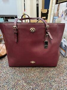 NWT COACH 57443 Turnlock Tote Crossgrain Leather in PRIMROSE Handbag Purse
