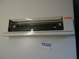 Märklin HO Artikel  43215 Schürzenwagen 1/2. Kl der SNCF grün  top/OVP