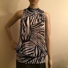 """Womens TWENTYONE  sleeveless top size Medium"""