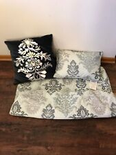 Noble Excellence King Pillow Sham Set EUC And 2 Pillow Lot