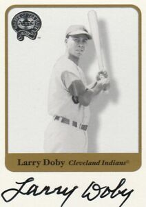 LARRY DOBY SIGNATURE 2001 FLEER GREATS OF THE GAME SIGNED BASEBALL CARD INSERT