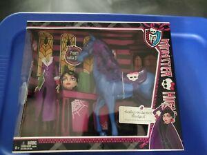 Monster High Headless Headmistress Bloodgood