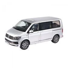 NZG VW Bus T6 Multivan silber 1:18 954/55