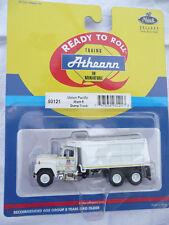 Athearn 93121 mack Bulldog Basics Union Pacific mack R Dump Truck 1:87