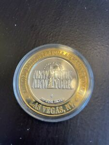 $10 Silver Strike New York New York Manhattan Express G Mint Gaming Token