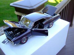 Danbury Mint 1/24th Scale 1967 Pontiac GTO-BOX-VERY VERY NICE--