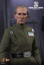 GRAND MOFF TARKIN Star Wars A New Hope - Hot Toys 1/6 Figure (peter cushing)2018