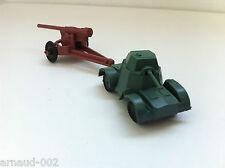 Ancien jouet en plastique - Blindé Armoured car militaire + canon