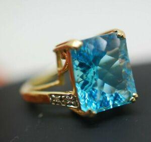 Vintage 9ct gold Blue Stone or aquamarine topaz & Diamond ring Size J