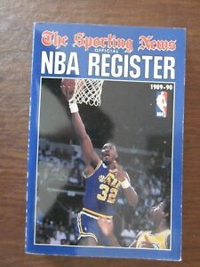 1989-90 The Sporting News TSN Official NBA Register Karl Malone on the Cover