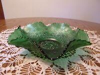 FENTON GREEN CARNIVAL GLASS LEAF CHAIN BOWL