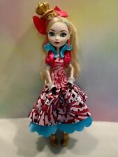 EVER AFTER HIGH DOLL WAY TOO WONDERLAND APPLE WHITE 2012