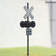 2 pcs O Scale Railroad Crossing Signals 4 heads LED made + Circuit board flasher