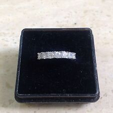 18ct 1.0ct Diamond Half Eternity Ring. Size K.