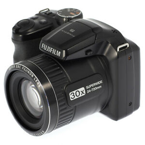 FUJIFILM FinePix S4800 30X / 16MP Digital Bridge Camera - Mint Condition