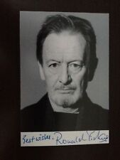 RONALD PICKUP - POPULAR BRITISH  ACTOR - EXCELLENT SIGNED PHOTOGRAPH