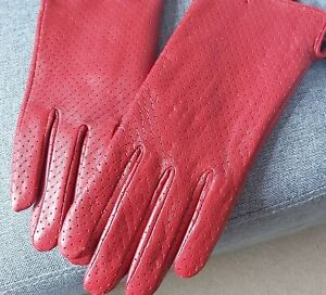 NEW BEAUTIFUL LADIES LAMB SKIN GLOVES