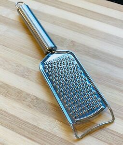 STAINLESS STEEL CHEESE GRATER  NUT LEMON CARROT ORANGE ZESTER PARMESAN WITH REST