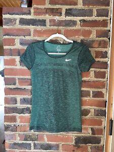 Nike Dri-Fit Activewear Women's Short Sleeve Shirt Sz Small Heather Green EUC