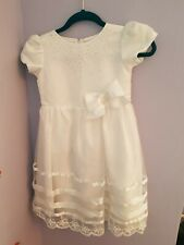 Beautiful Girls White Party/Bridesmaid Dress Age 7-8 Years Approx
