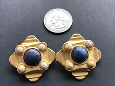 Gorgeous Robert Rose Earrings Gold-Tone Blue beige stone Clip-On  Lovely classy
