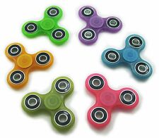 Hand Spinner Tri Fidget Finger Toy Glow In The Dark Fluorescence Random color