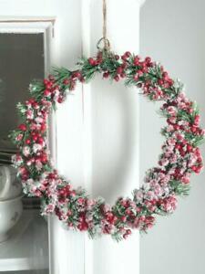 Beerenkranz, Tanne, rote Beeren, Schnee, Winter, Weihnachten,Herbst